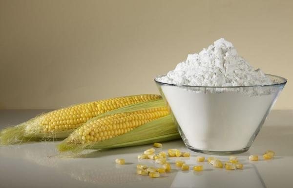 Кукурузная лепешка с сыром и чесноком