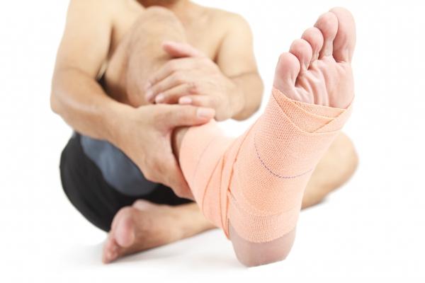 Опухание ноги при травме