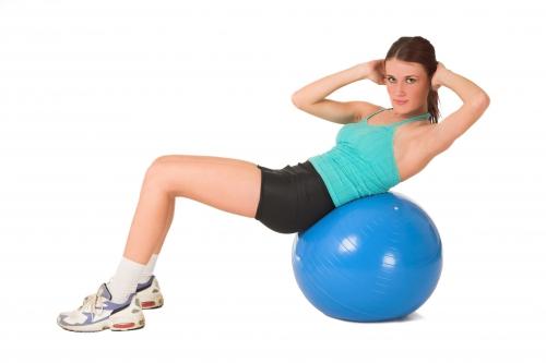 Упражнение на мяче